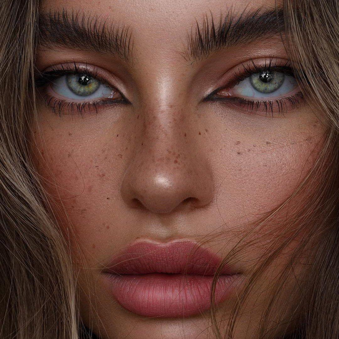 8 Best Eyeliners for Green Eyes ...