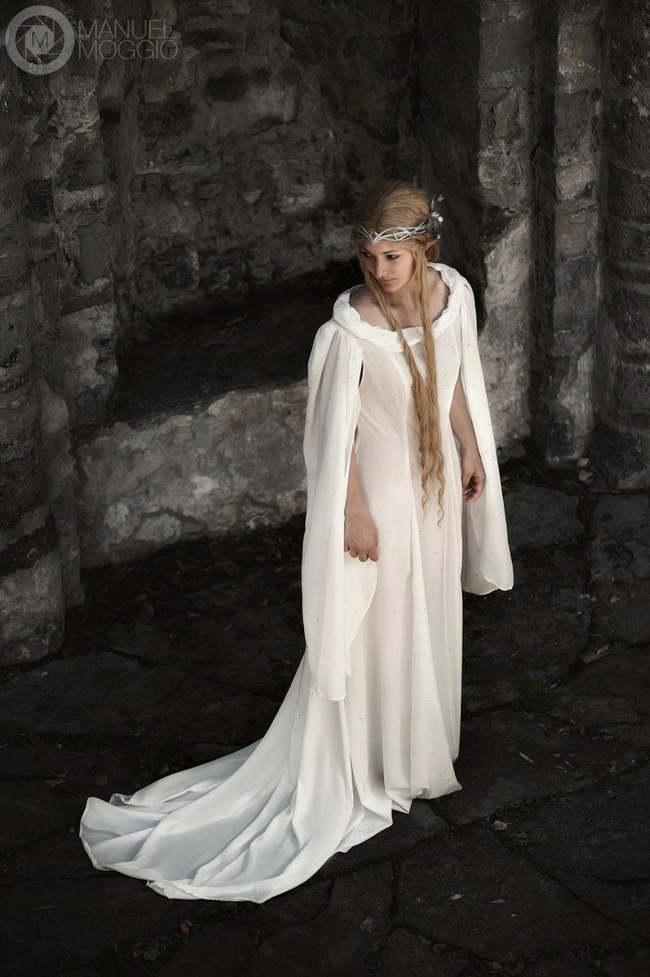 Galadriel Cosplay from the Hobbit by LuciaSkyCosplay