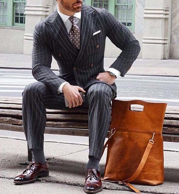 go to gym after long working day    gymbag    mens fashion    mens leather  bag    city life    suit    99d36c17d73
