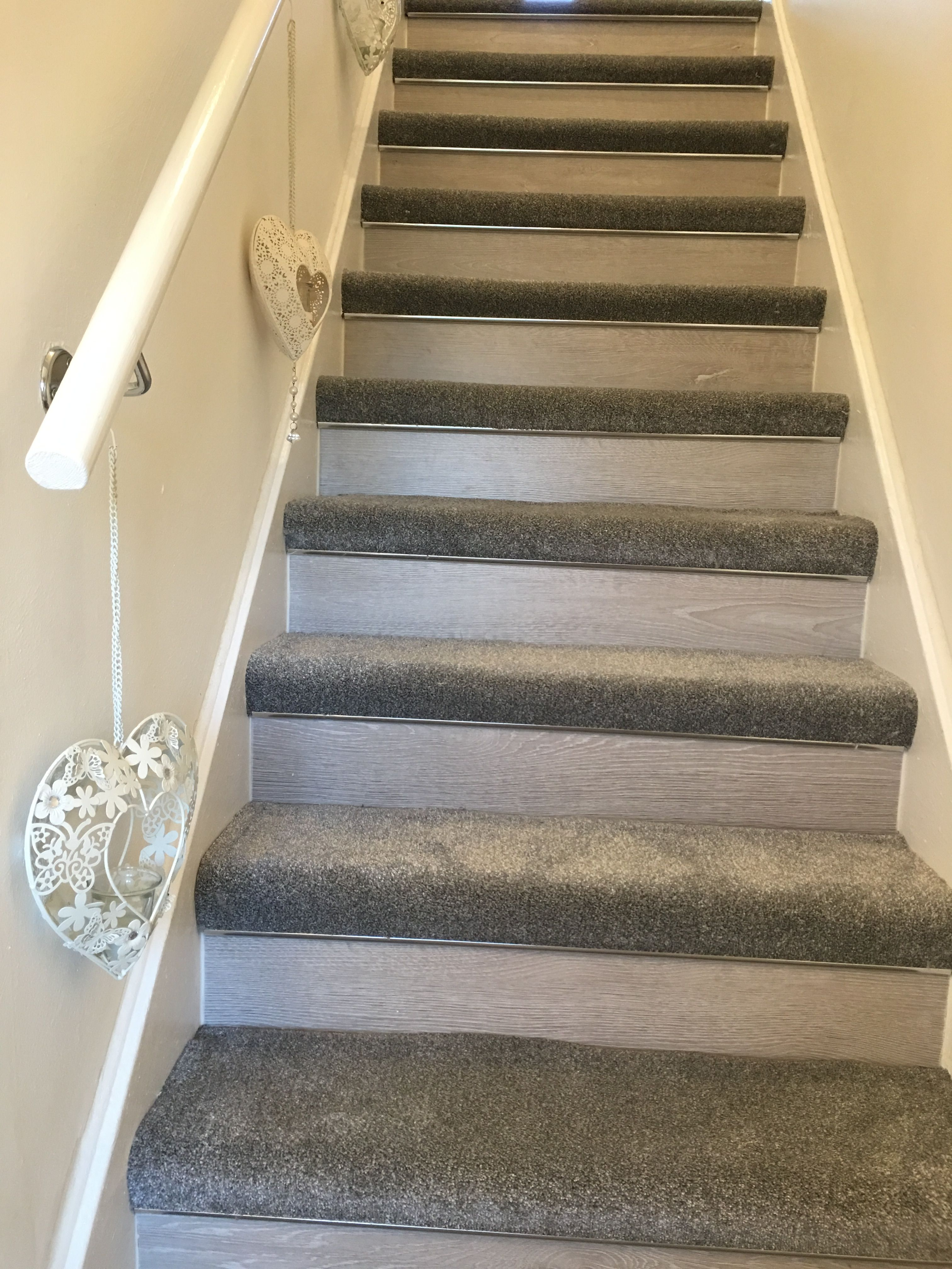 34+ Grey wood and carpet stairs combination ideas