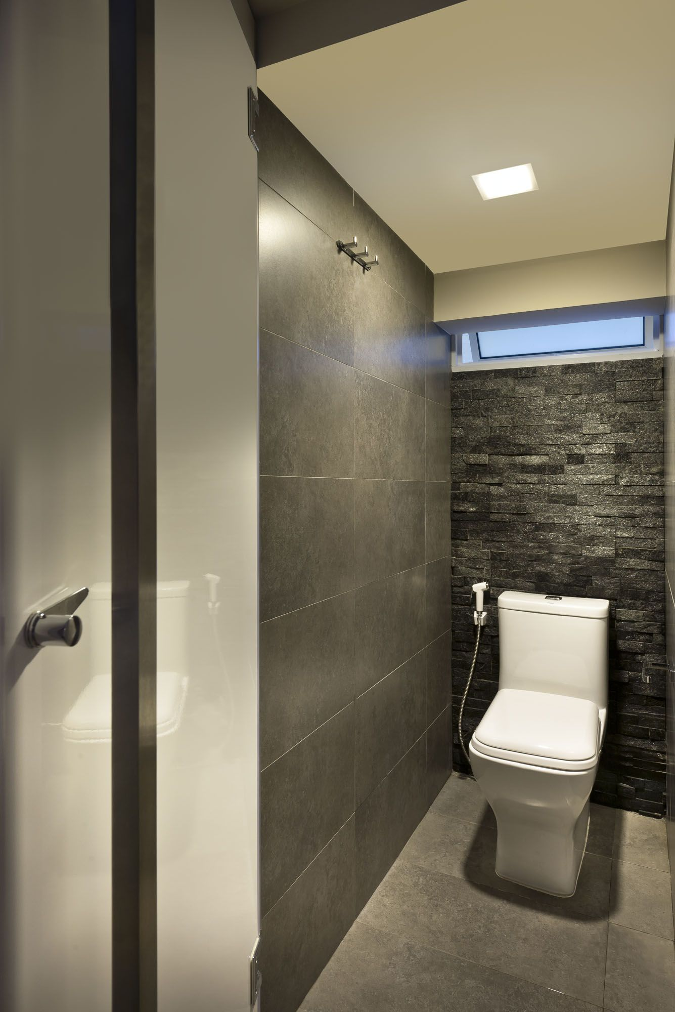 HDB | Bathroom Interior design by Rezt 'n Relax of Singapore