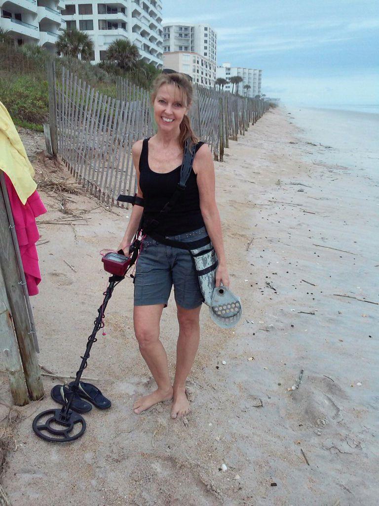 New Smyrna Beach Metal Detecting Using Whites Coinmaster Metal Detecting Metal Detecting Tools Treasure Hunt