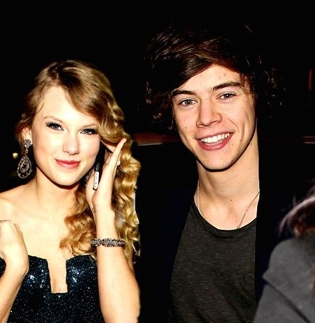 Taylor Swift Secretly Hookup Harry Styles