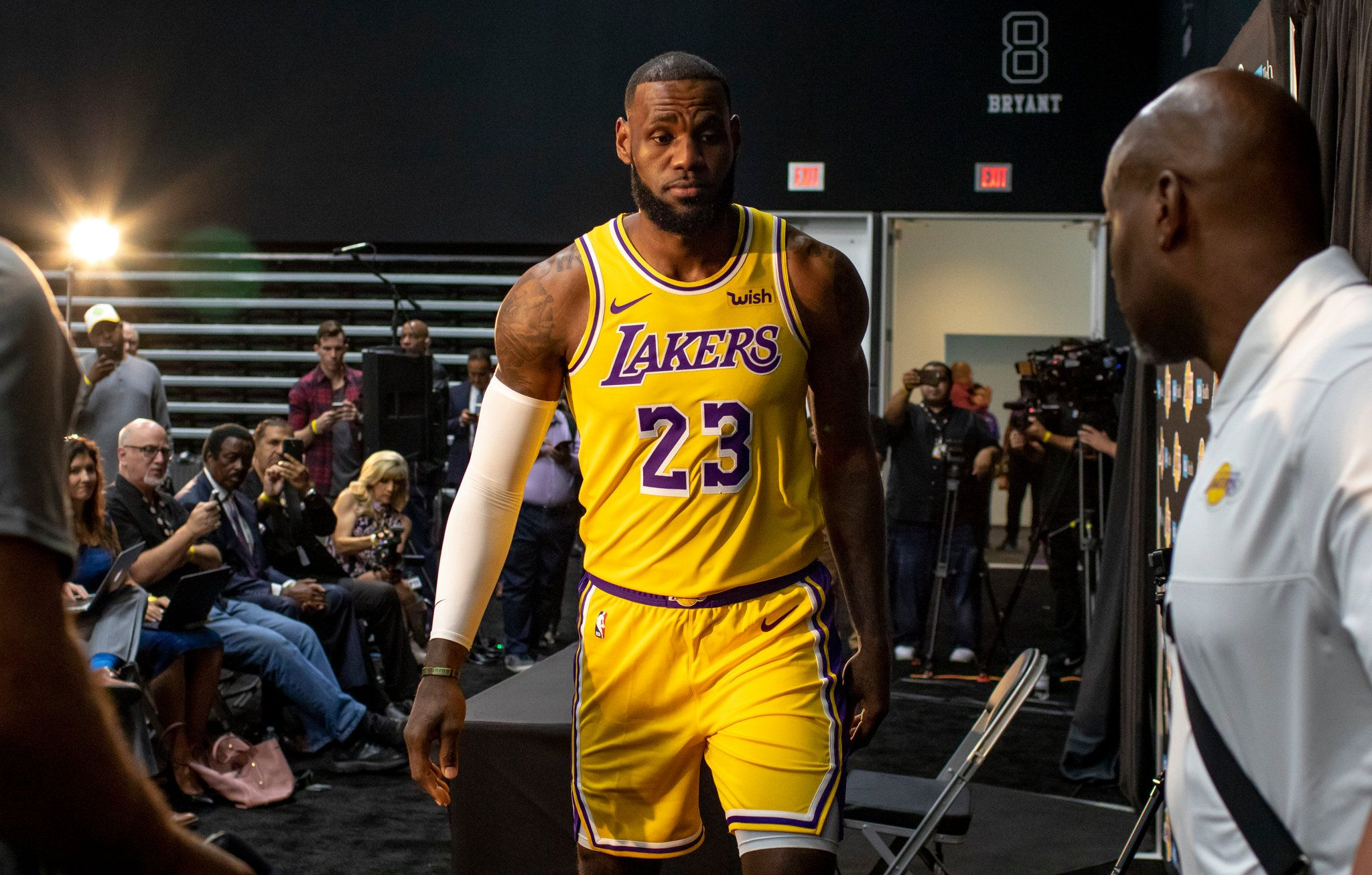 How The Los Angeles Lakers Blew It Los Angeles Lakers Nba Today Lakers