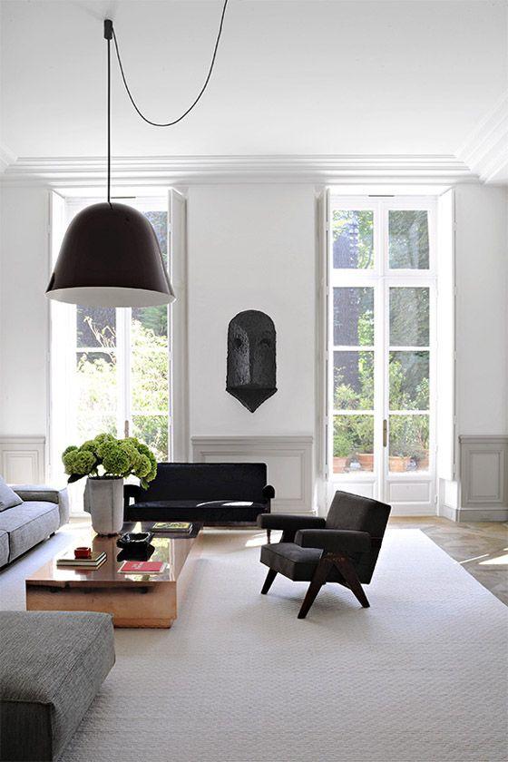 Best Joseph Dirand Paris Luxe Minimal Living Room White Molding 400 x 300