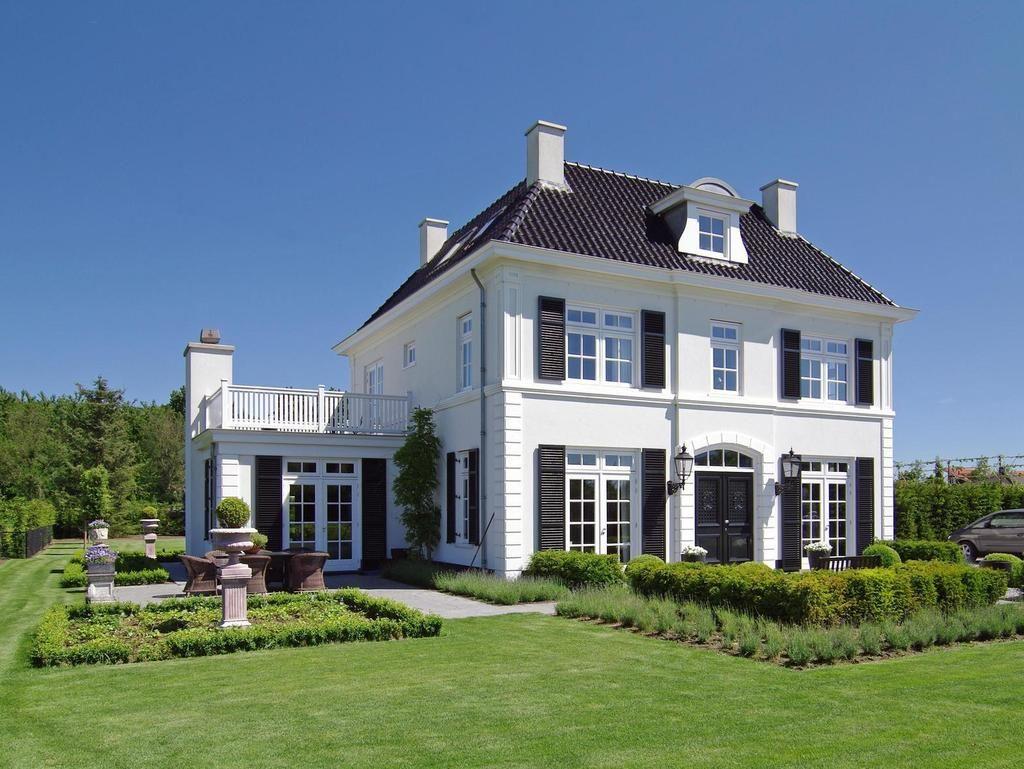 manoir places pinterest house home et house design. Black Bedroom Furniture Sets. Home Design Ideas
