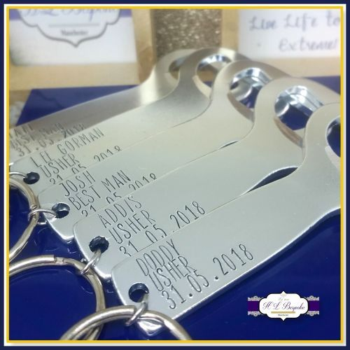Wedding Gifts For Ushers And Best Man: Personalised Wedding Bottle