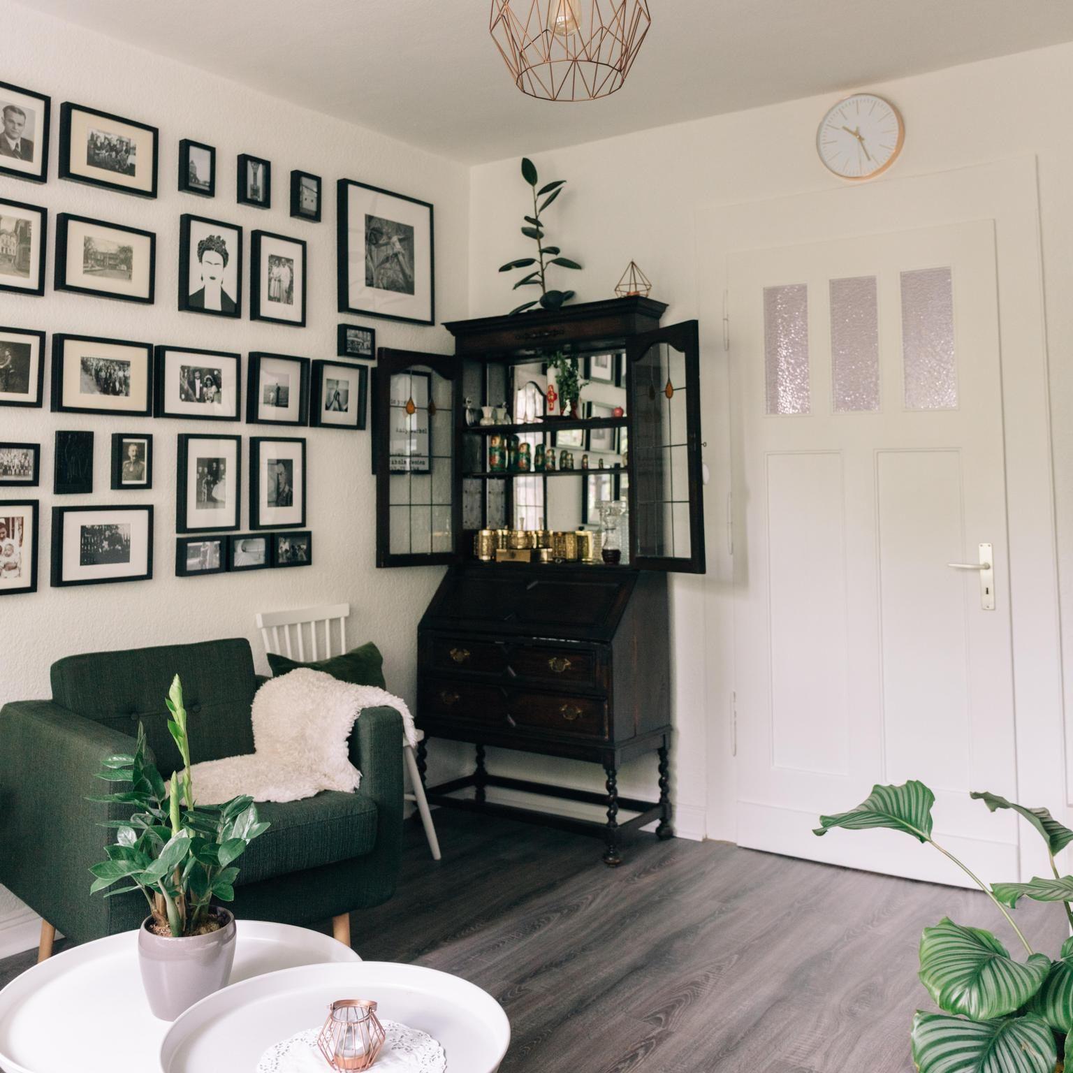 Schwarz, Weiß und Grün! Dieses Wohnzimmer und vor allem die ...