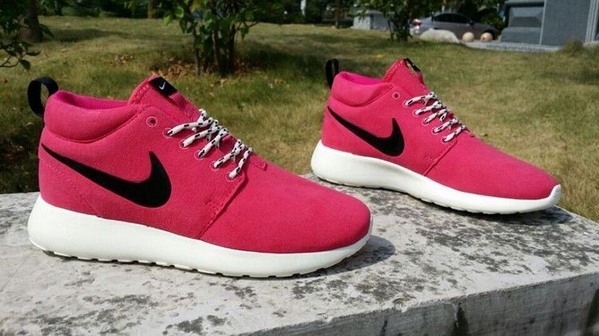 super popular caa67 1905f Nike Roshe Courir Suède Sao Femmes RougeNoir Beach Tennis Chaussures  511882-106