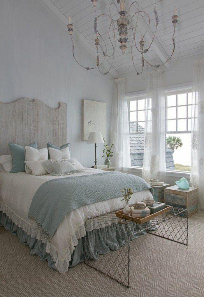 schlafzimmer landhausstil geometrischer teppich hölzernes