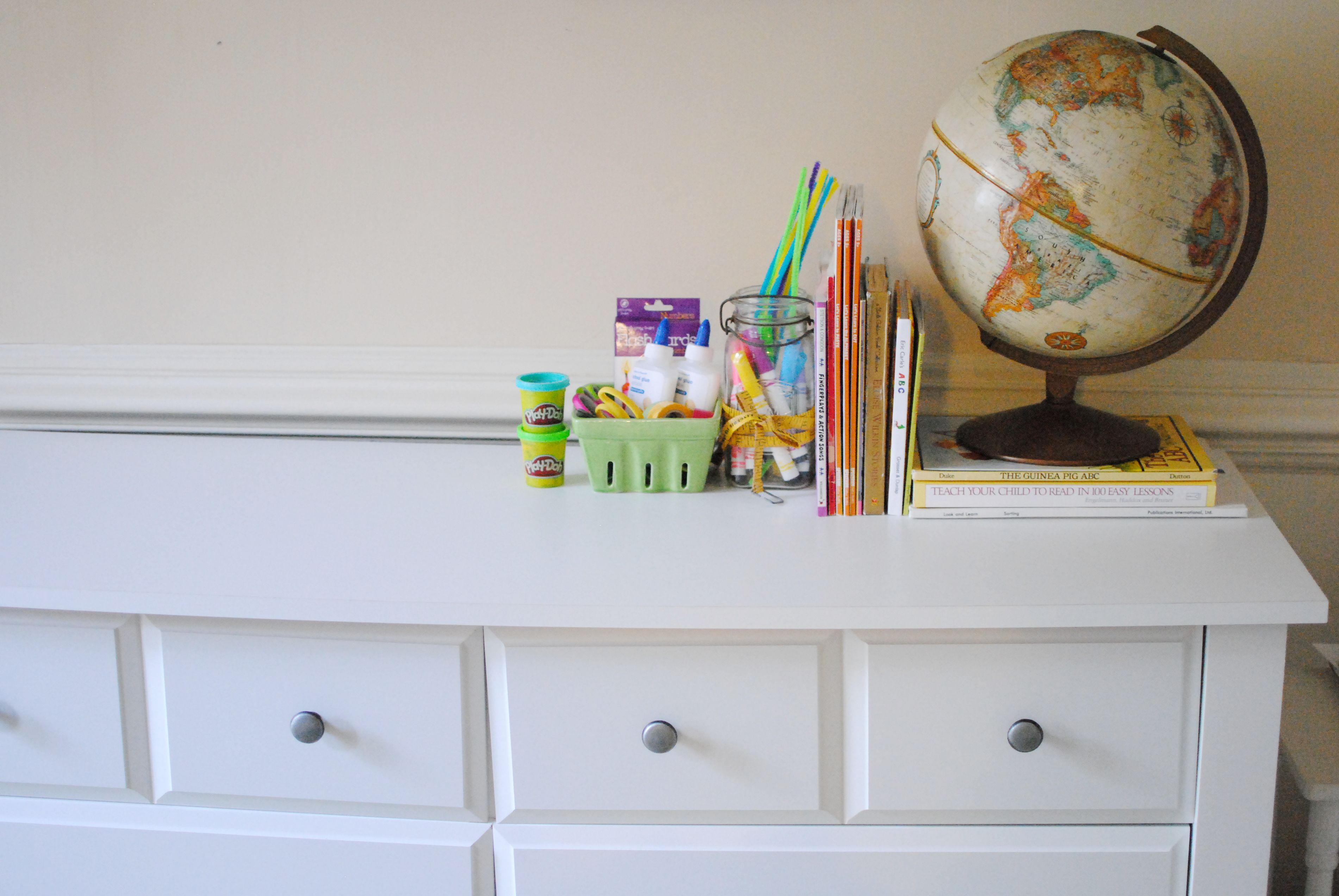 @featherournest has all the kid's supplies readily available with ample space. #PutTogether