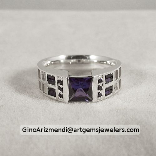 The TARDIS wedding ring is now available for purchase Via Pathetic