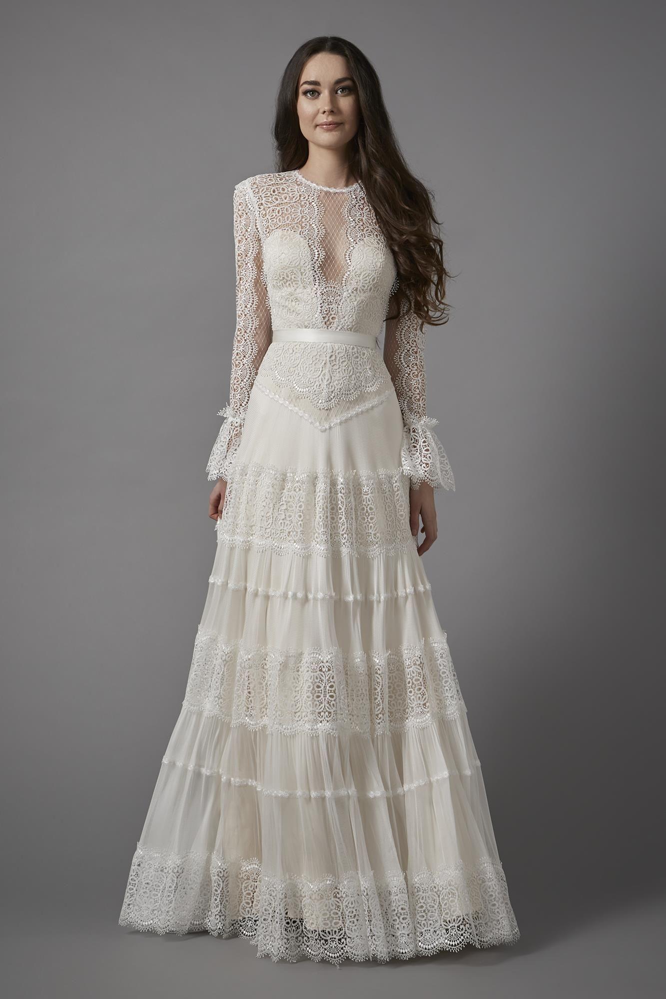 Vintage Style Lace Wedding Dress By Catherine Deane Catherine Deane Wedding Dress Wedding Dress Long Sleeve Wedding Dresses Lace