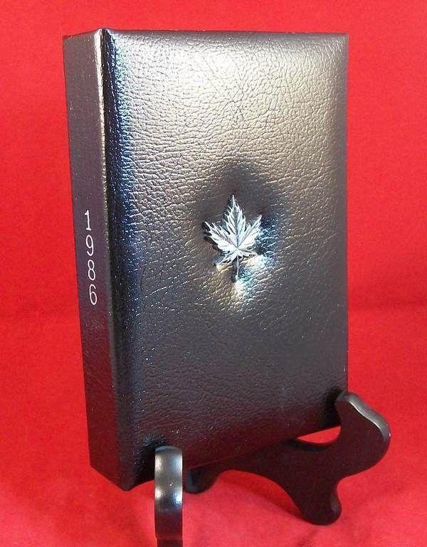 Royal Canadian Mint 1986 proof set leather case includes plastic box