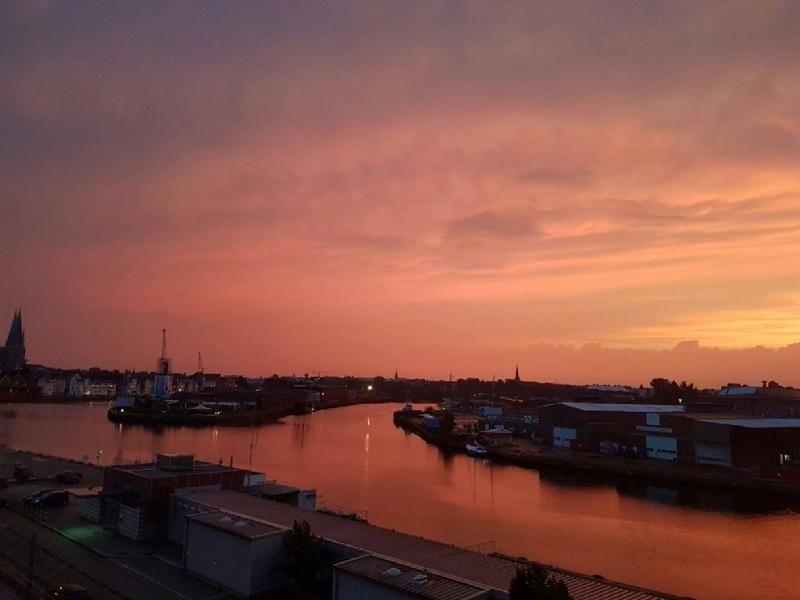 Der Himmel leuchtet / Fotostrecken Lübeck / Fotostrecken Lokales / Lokales - LN…