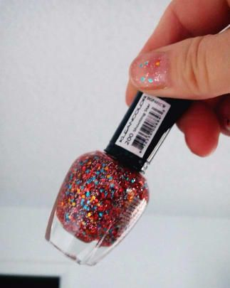 25 Gorgeous Nail Polishes People Actually Swear By