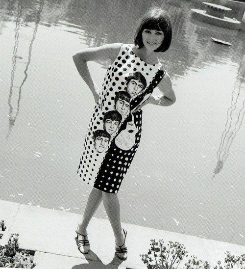 9 June 1964 London England: Model Sandy Hilton Modeling A