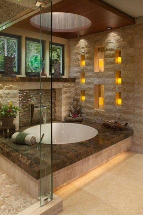 baño con tina y repisas en pared Baños Pinterest Pool spa