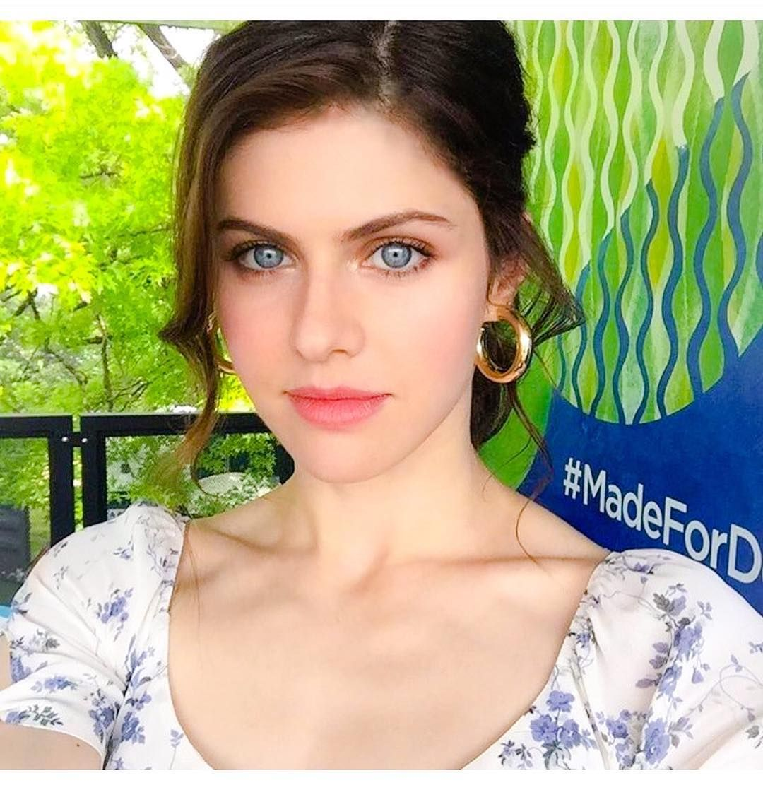 Selfie Alexandra Daddario nudes (73 photo), Topless, Leaked, Boobs, underwear 2015