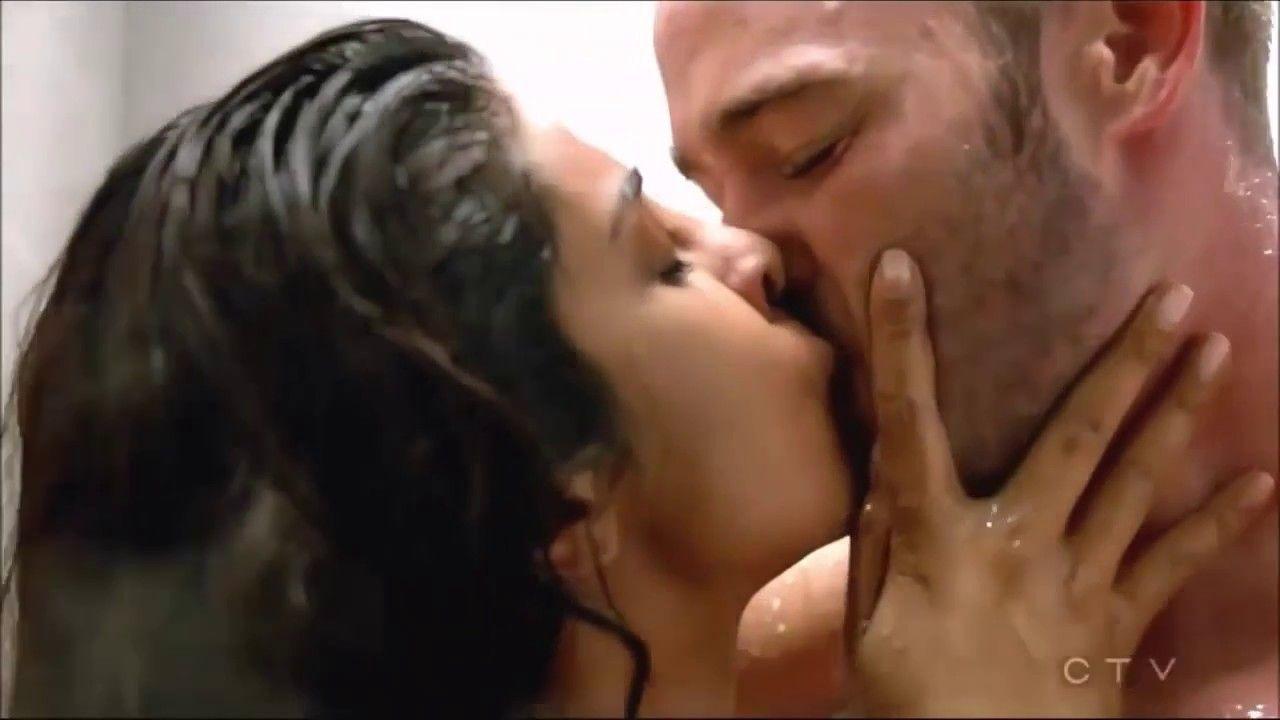 Priyanka Chopra Hot Sexy Scene In Quantico 2 Series Hd