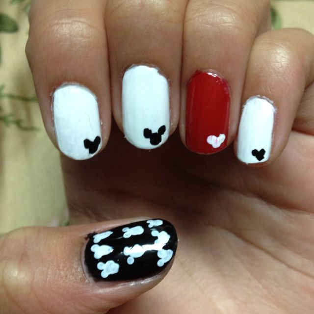 Mickey Mouse Inspired Nails | Diys | Pinterest