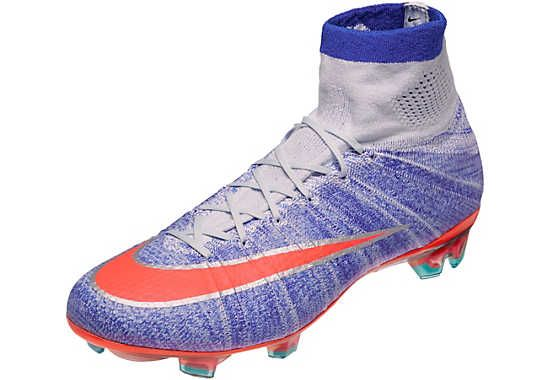 Nike Women s Mercurial Superfly. Hot at www.soccerpro.com right now ... eab4fa03e