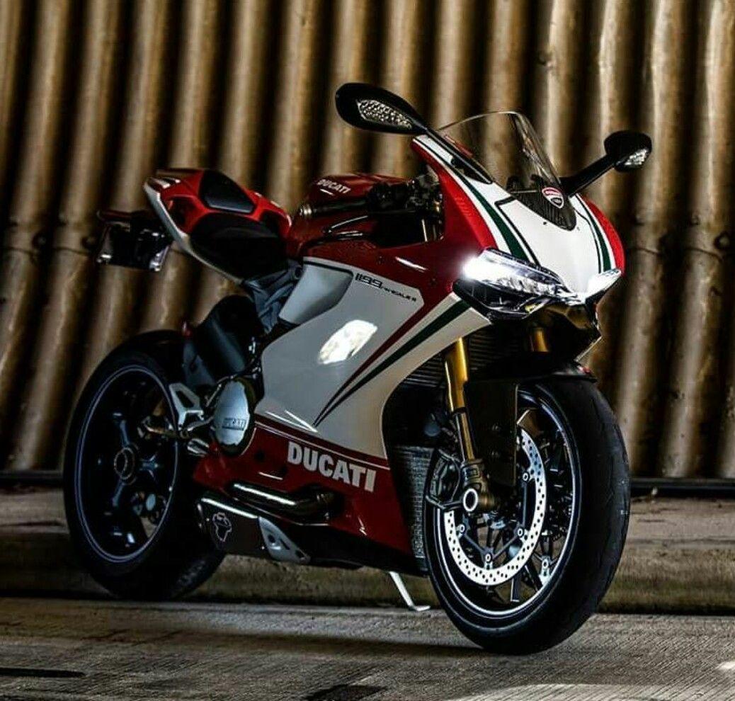 Ducati 1199 Panigale Ducati 1199 Panigale Ducati Custom Sport Bikes