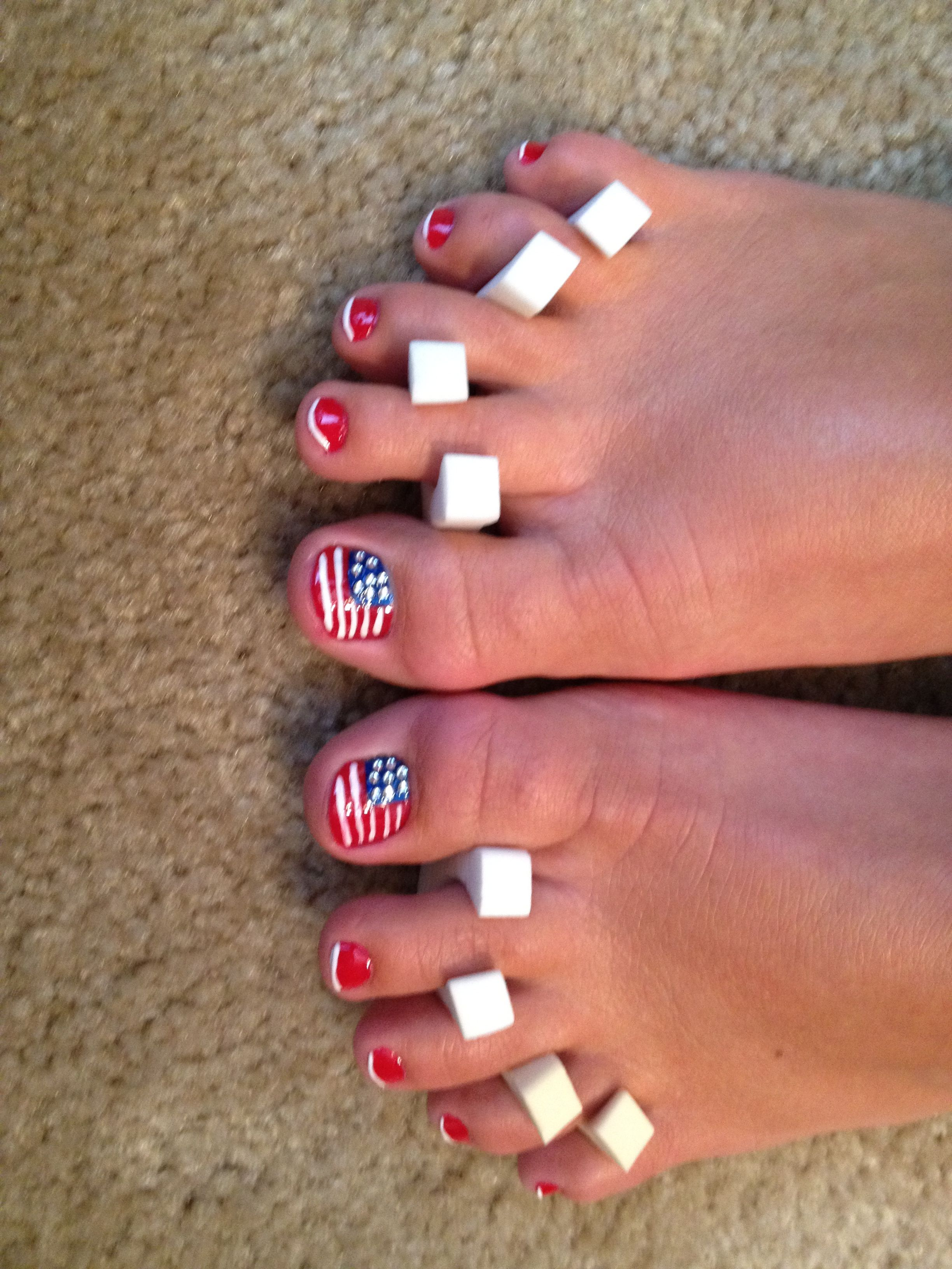 American Flag Pedicure For The 4th Of July Pedicure Nail Designs Painted Toe Nails Pedicure Nail Art