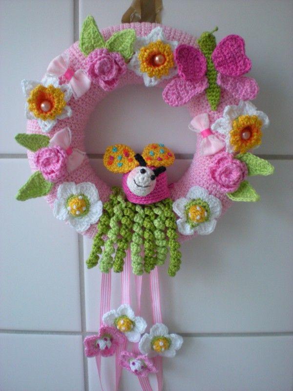 Photo of Crochet door wreath // Crochet spring decoration