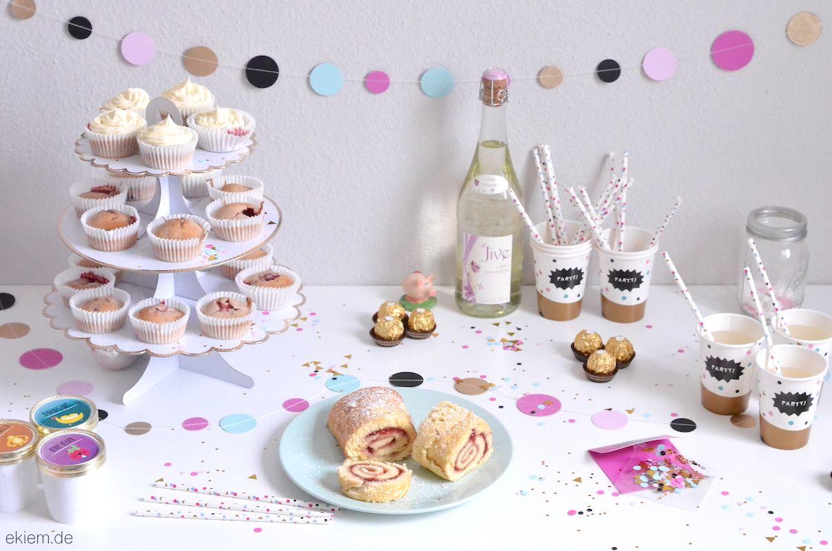 [ekiem]: Silvester Sweet Table