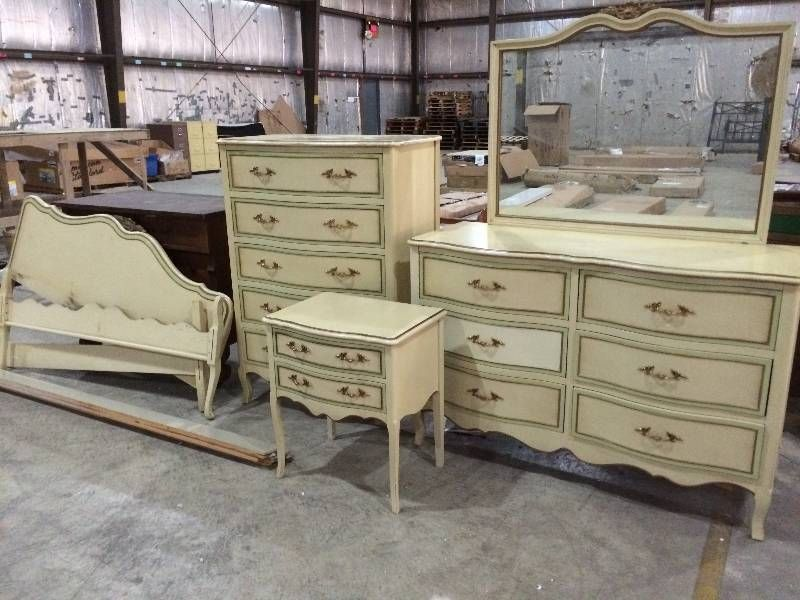Six Piece Vintage Drexel French Provincial Bedroom Set | St. Cloud Retail  Overstock U0026 Returns