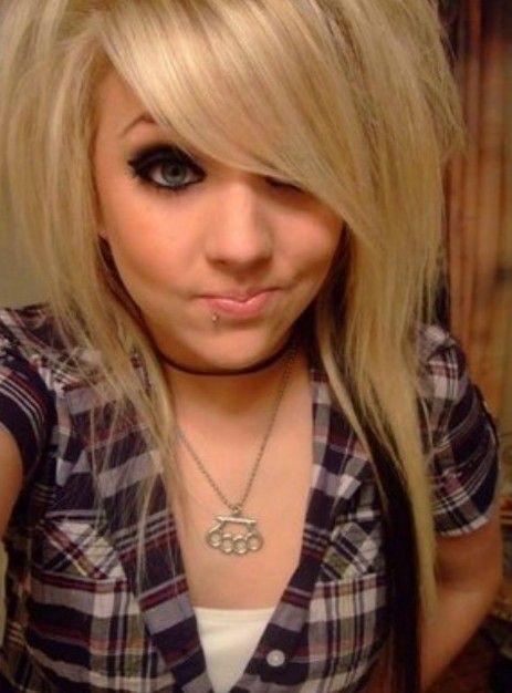 Emo Hairstyles For Girls Latest Popular Emo Girls