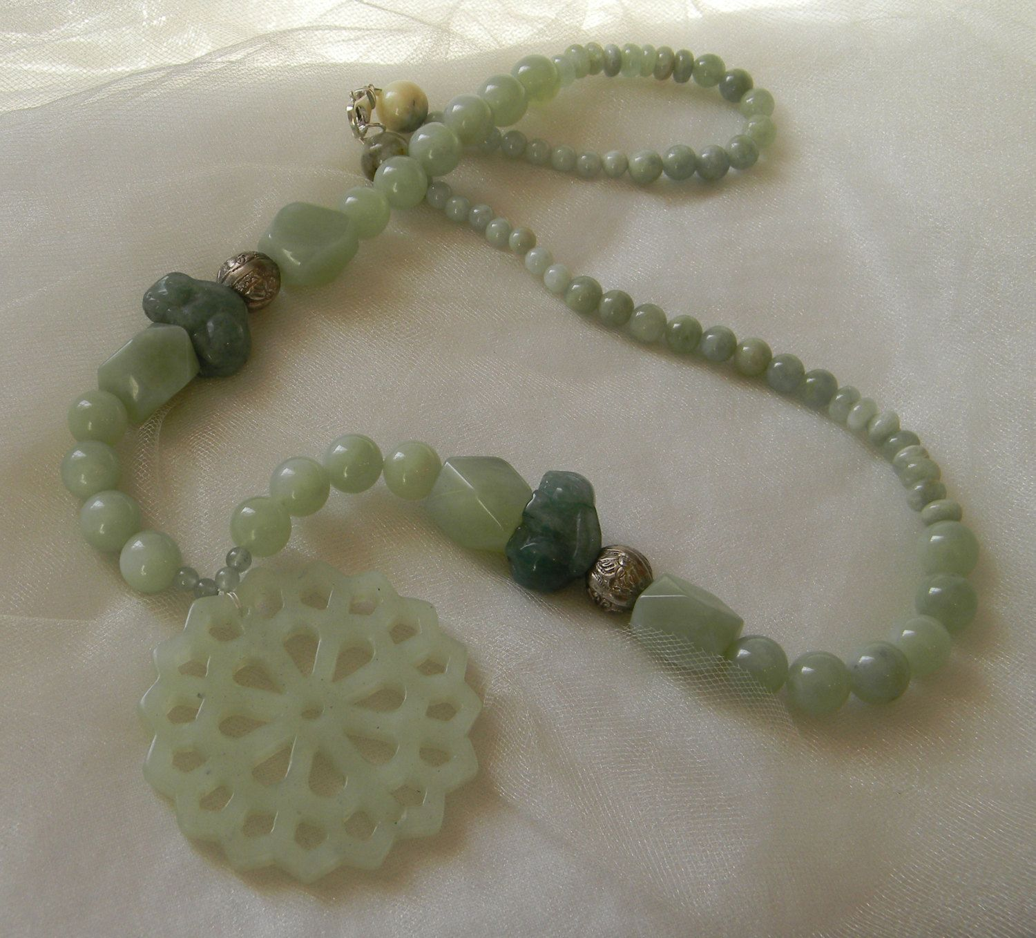 Chinese jade pendant w new jade beads necklace beaded jewelry chinese jade pendant w new jade beads necklace beaded jewelry carved jade bunny rabbit aloadofball Images
