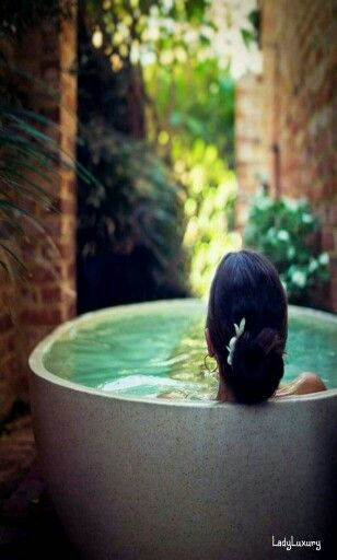 Luxurious Living- ♔LadyLuxury♔