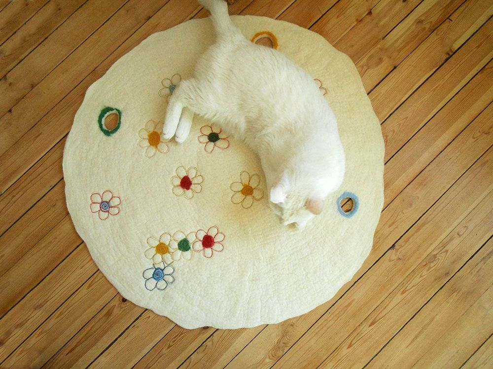 High Quality Felt Cat Bed Dog Bed Personalized Nursery Wool Rug Round Rug Felted Cat Mat  Dog Mat