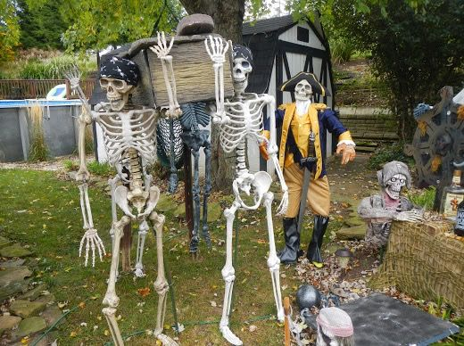 Pirate pallbearers Halloween Decorations Pinterest - halloween pirate decorations