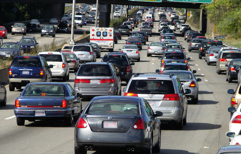 3 tips for surviving So Cals Traffic Safe driving tips