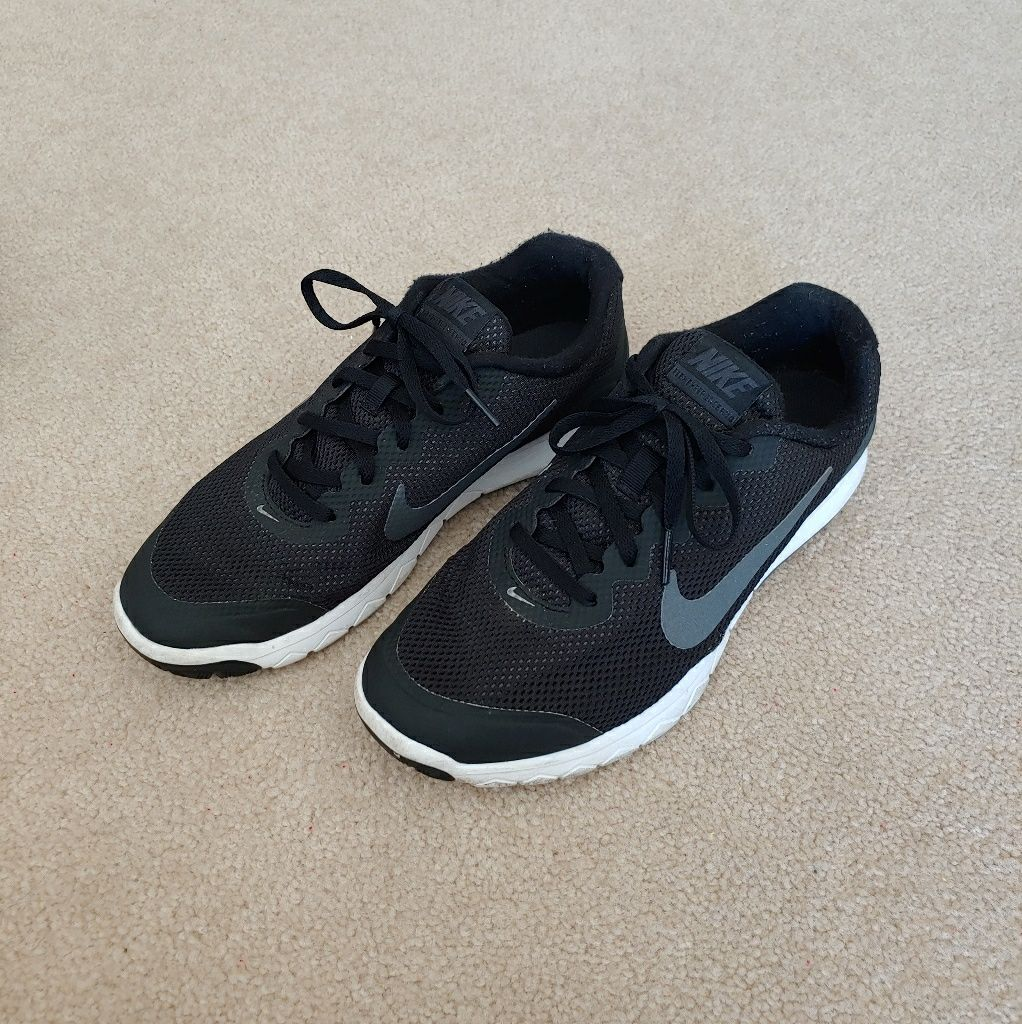 Nike Flex Experience RN 4 Black & White Shoes | White shoes