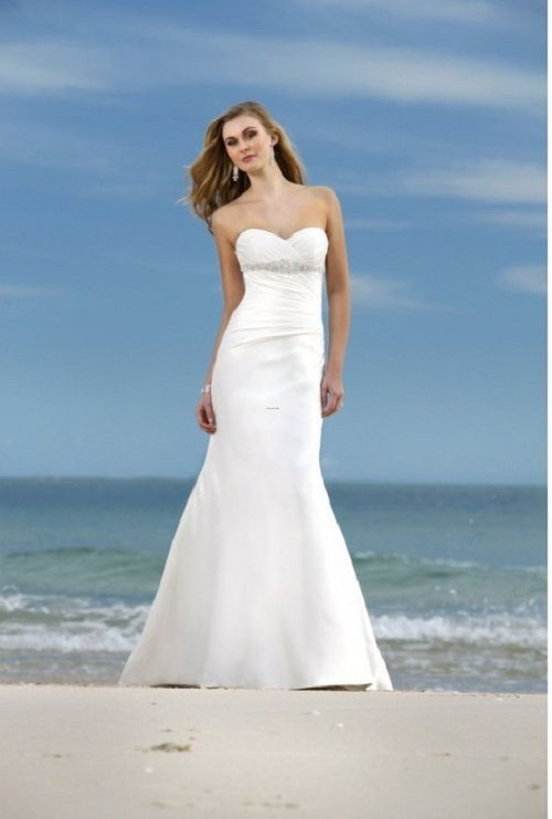 78  images about wedding dresses on Pinterest - Beach wedding ...