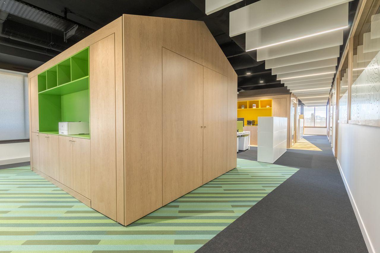 Amenagement De Bureau Caisse D Epargne Montpellier En 2020 Amenagement Bureau Design Caisse D Epargne