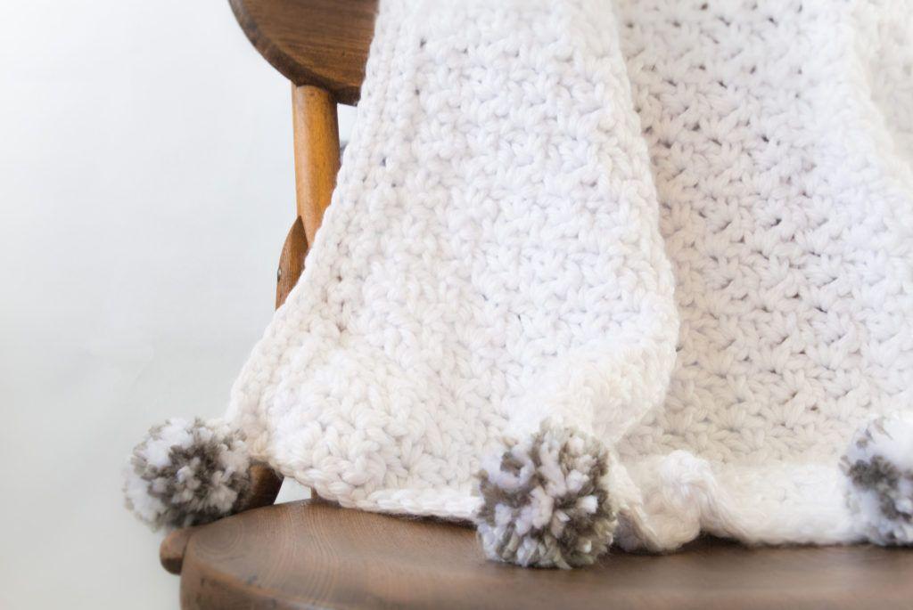 The Loft\' Pom Baby Blanket   Crochet   Pinterest   Croché, Punto de ...