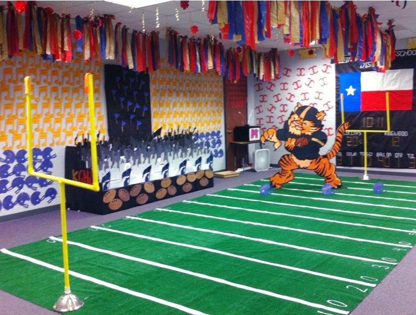 Decorate High School Halls Google Search Cheer Pinterest Fields Hall