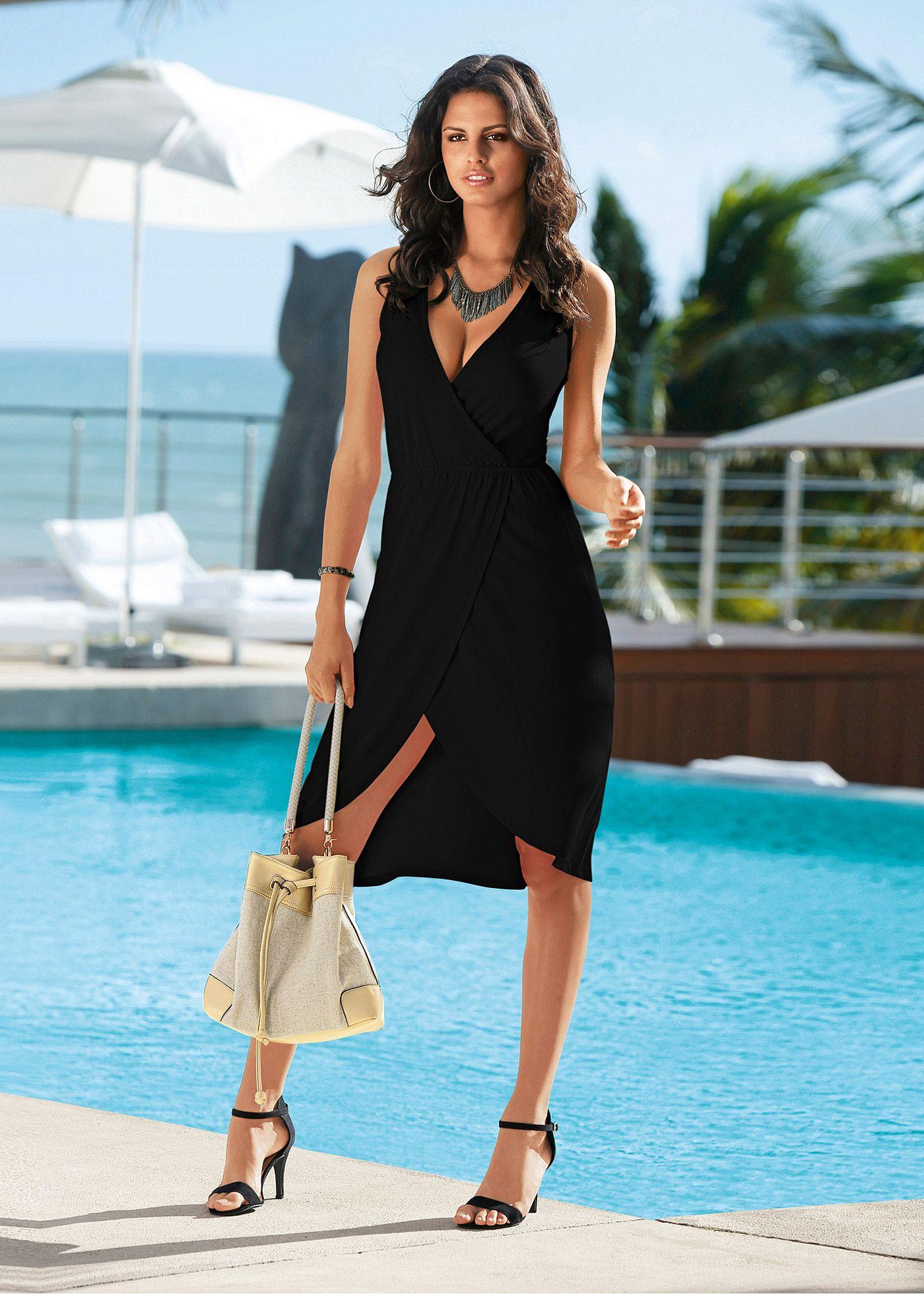ed026d0ed Vestido de malha azul piscina encomendar agora na loja on-line bonprix.de  R$ 79,90 a partir de Em look transpassado com decote V, elástico na cintura  e .