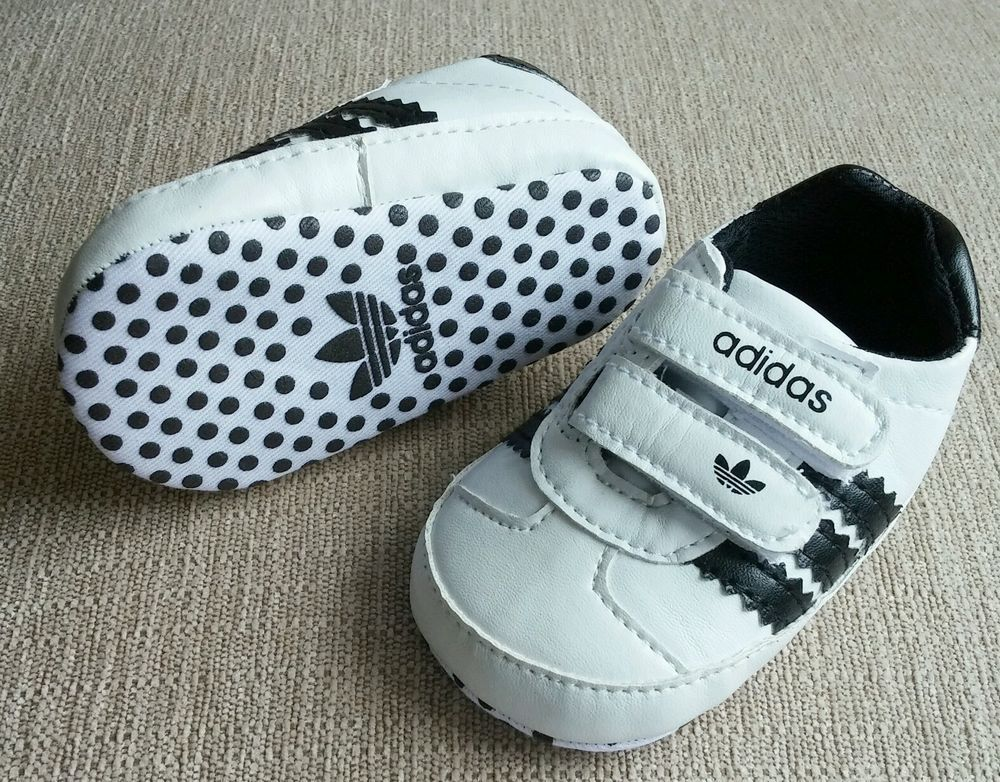 NEW Baby Boy 0-6 mo Size 1 ADIDAS White Black Crib Shoes Sneakers ...