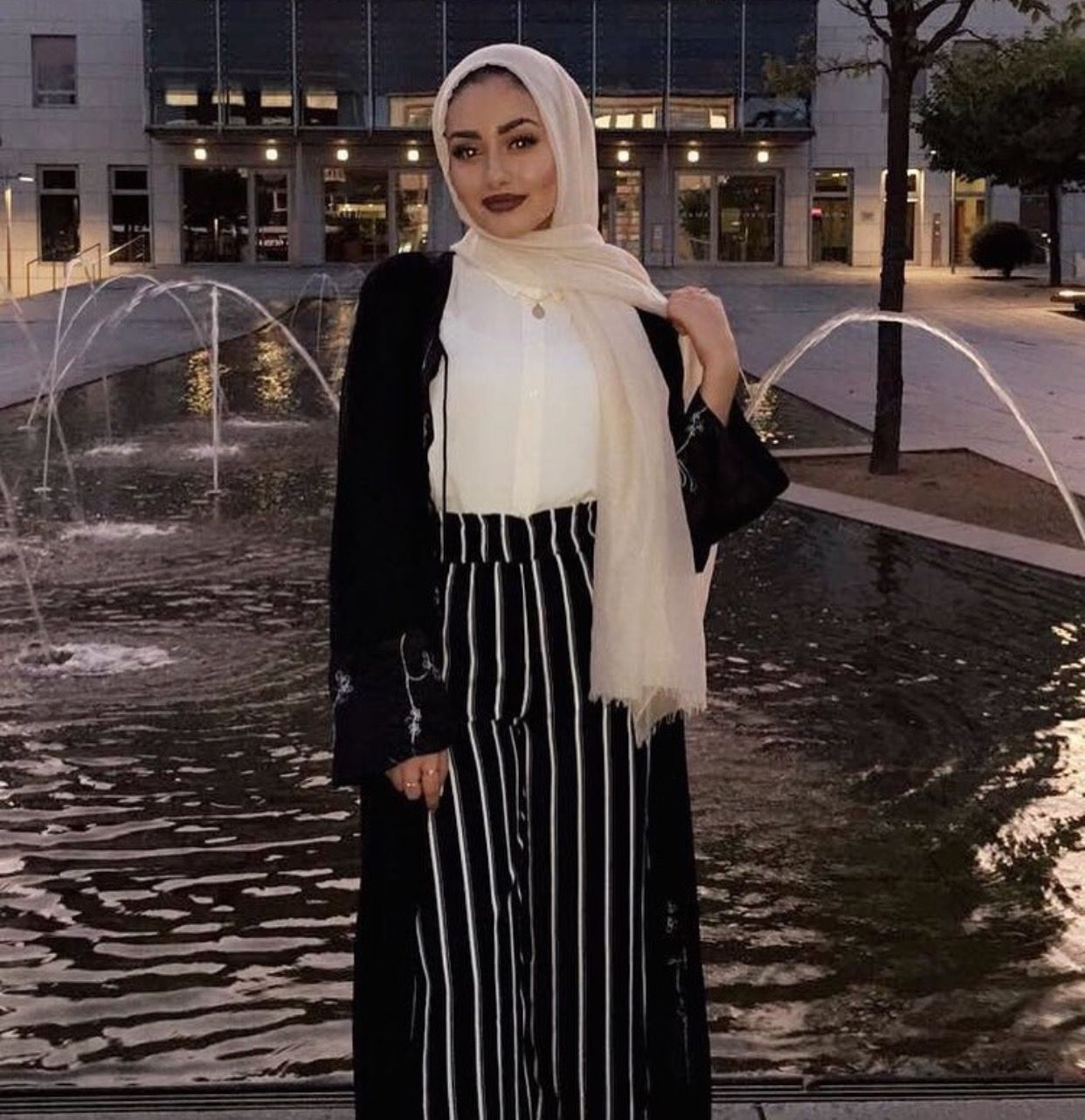 1e1e786d24 Pinterest @adarkurdish | Hijab fashion | Hijab fashion, Hijab chic ...