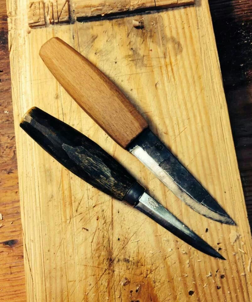 Mora Carving Knife 122: Large Svant Djarv Sloyd Knife And A Mora 106.