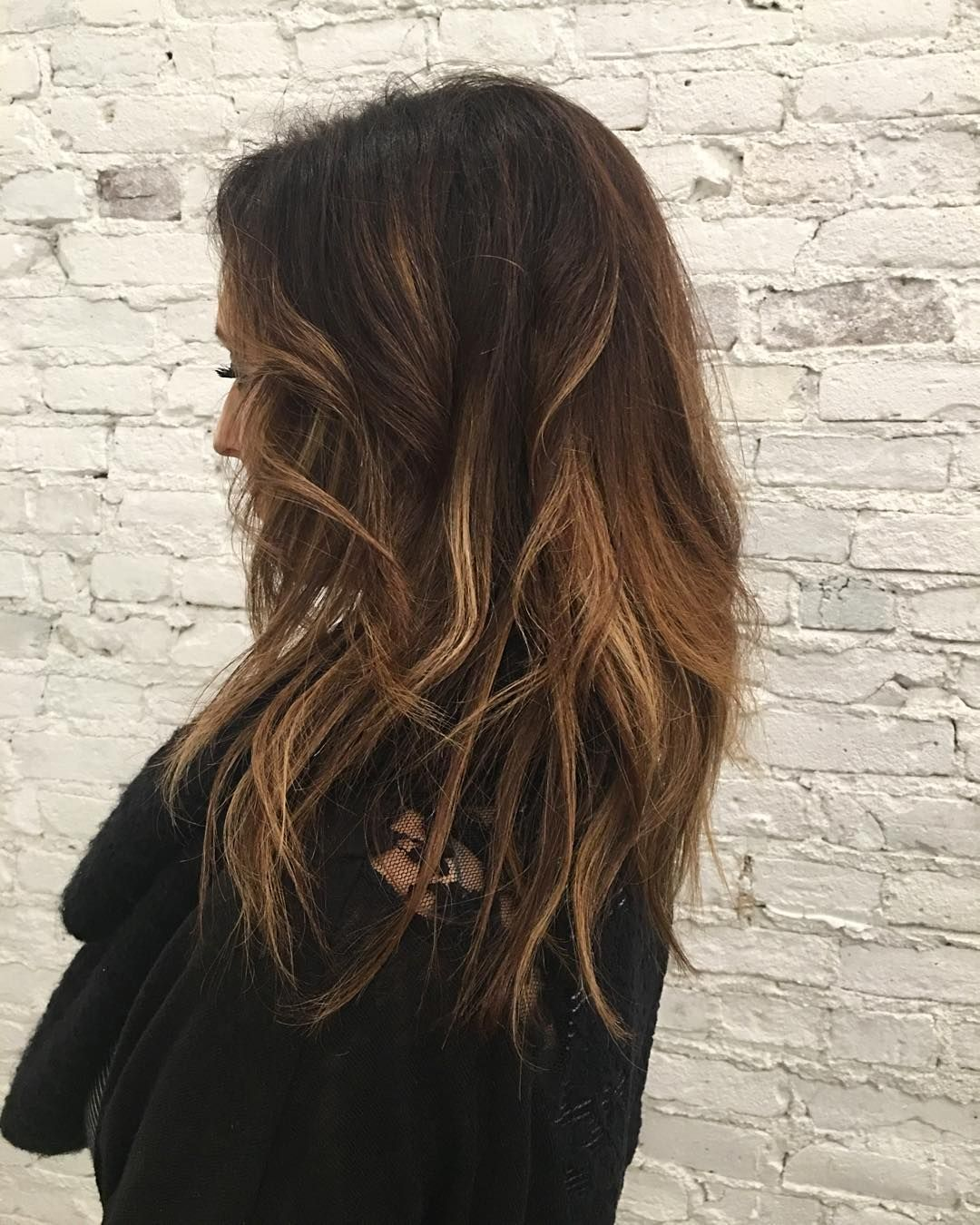 If you haven't experienced a Brazilian blowout you don't know what you're missing. I haven't been able to stop playing with my hair all day. I don't even remember the last time my hair looked and felt this amazing. #brazilianblowout #hair #hairstylist #chicagosalon #balayage #luxe #luxelife #luxegirl #luxesalonsycamore #luxehair by that1polishgirl http://shearindulgencespansalon.com/