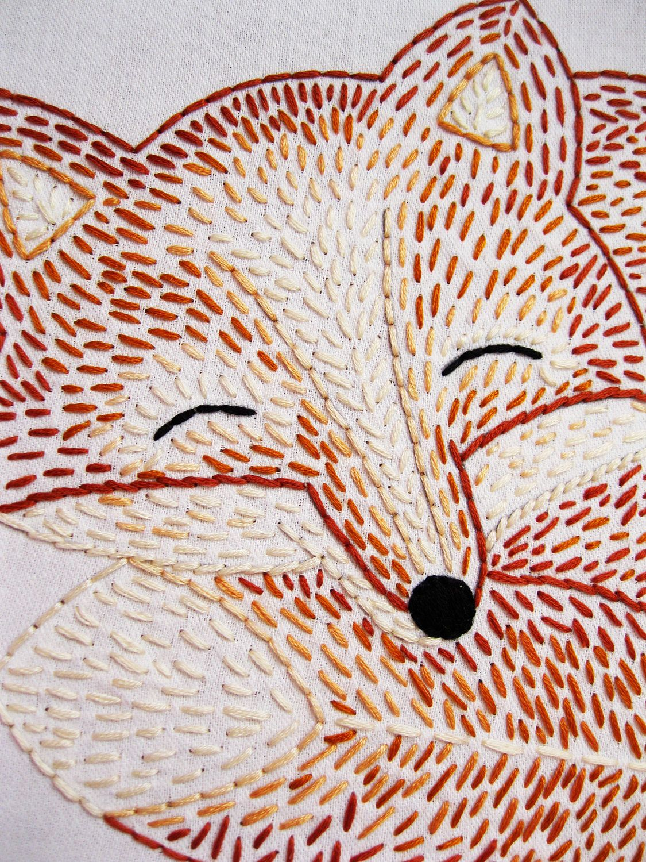 Sleepy fox guineu brodada embroidery brodats pinterest foxes