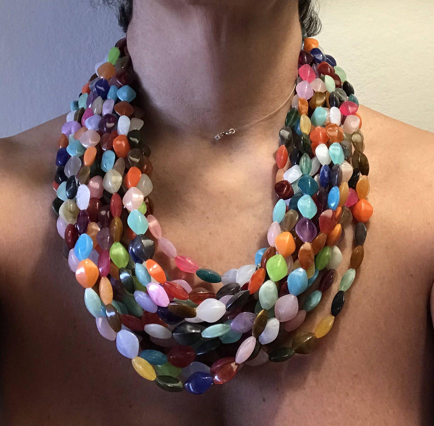 rivenditore di vendita a4d59 2f627 Collana piccoli sassi colorati, collana colorata, collana ...