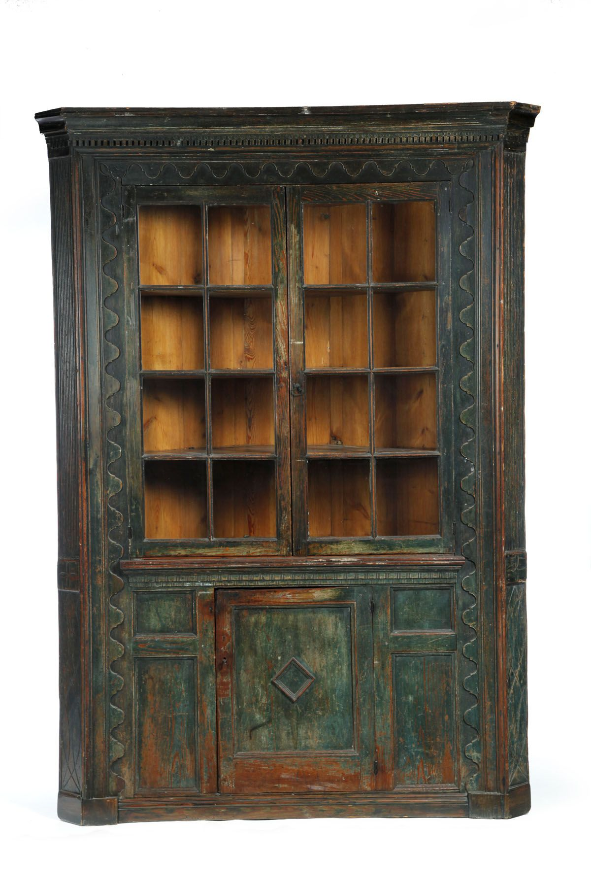 CORNER CUPBOARD - Attributed to the Ralph family, Sussex County ...